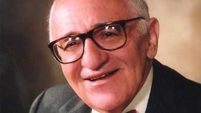 Rothbard: Gun Regulation Explained