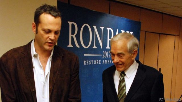 Vince Vaughn: I'm very supportive of Ron Paul, government can't be trusted to run much of anything