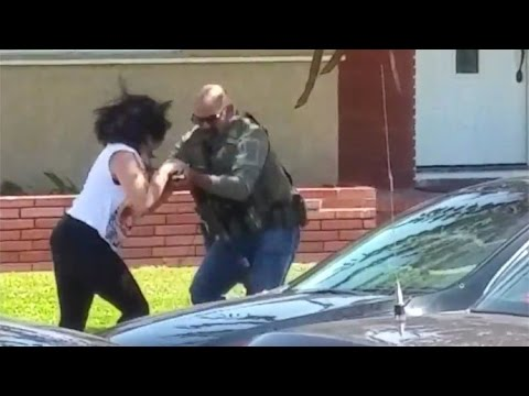 U.S. Marshal Attacks Cop Watcher and Destroys Her Cell Phone